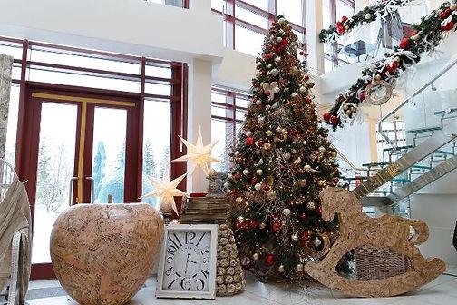 новогоднее оформление украшение офиса то