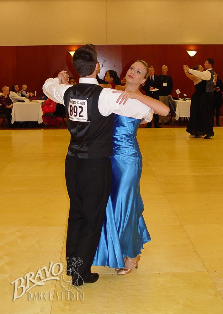 Bravo-Am-Am-Dancers-1-(10).jpg