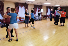 Group Dance Classes are back on!