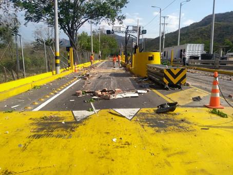 Invías reconstruye vías afectadas por atentados del ELN