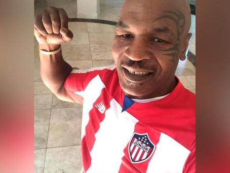 Mike Tyson se puso la 'rojiblanca'
