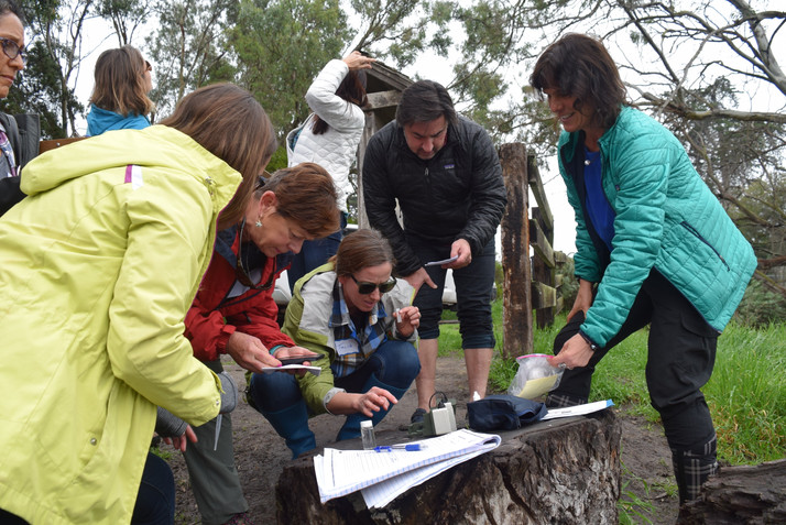 Thirty teachers and five naturalist volunteers received training on Earth and ocean sciences by the