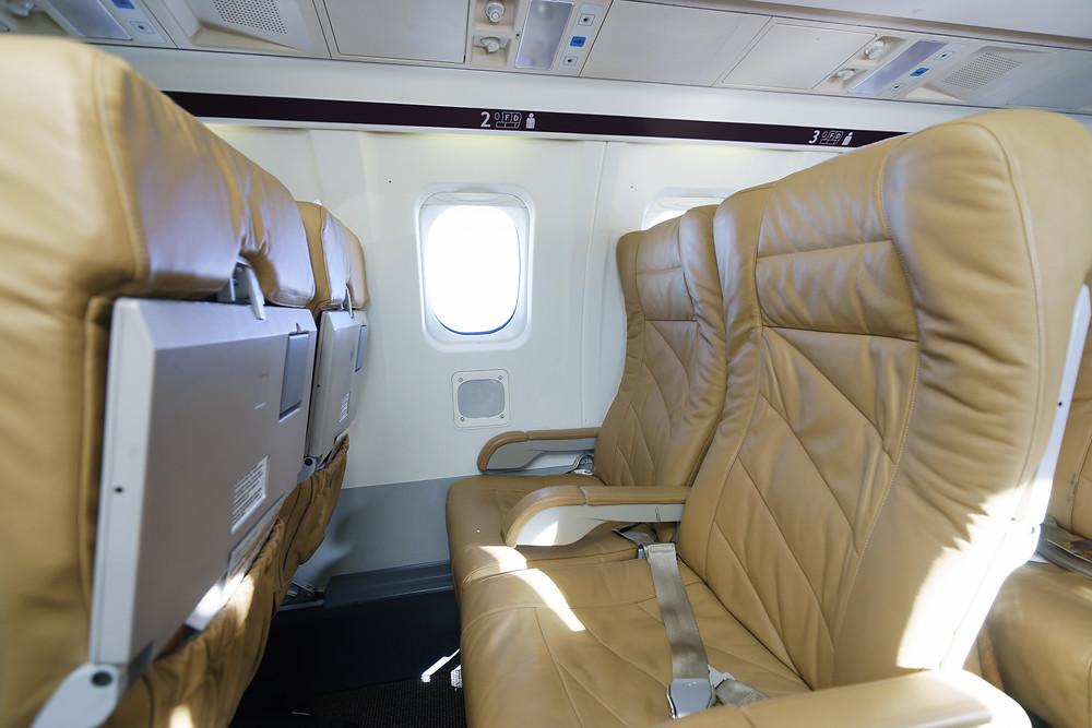 Saab 2000 seats