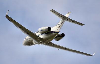 Mid size jet air charter flight