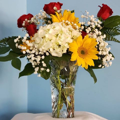 White, Red, and Gold arrangement