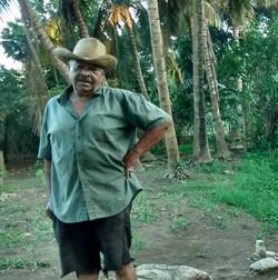 El Dueño, Gave us Fresh Coconuts!