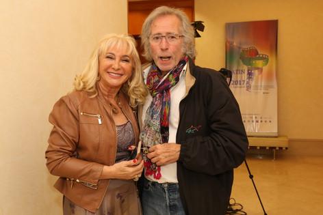Madrina del Festival Alicia B de Arcani y Julio Delacroix.jpeg