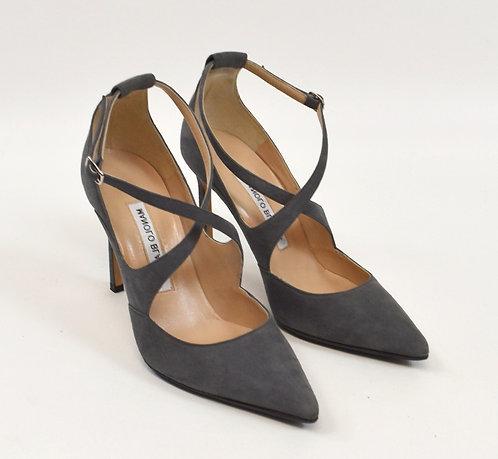 Manolo Blahnik Gray Suede Heels Size 6