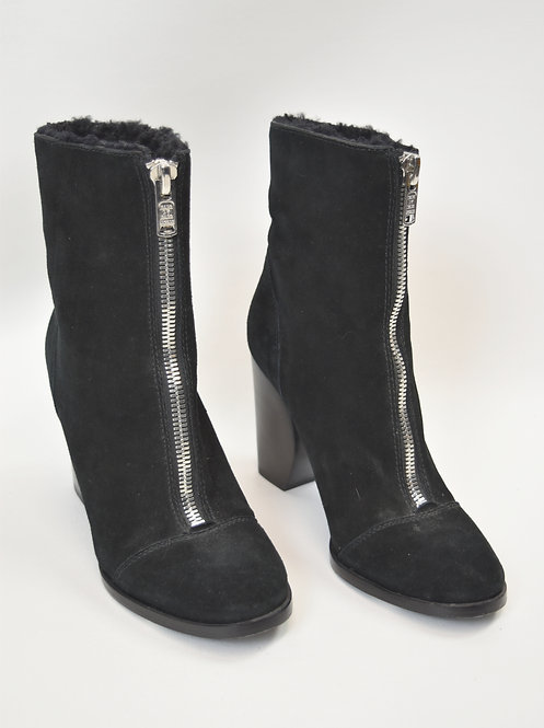 Marc By Marc Jacobs Black Shearling Booties Size 9