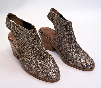 Kenneth Cole Snake Print Booties Size 7