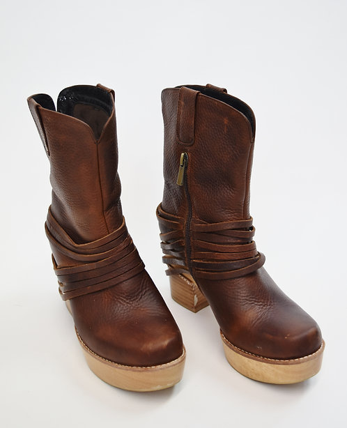 Antelope Brown Leather Platform Boots Size 8