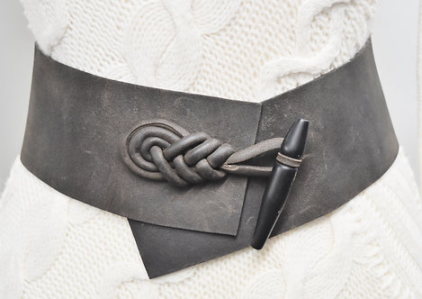 Urban Zen Black Leather Belt Size 30