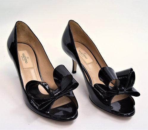 Valentino Black Patent Leather Kitten Heels Size 7