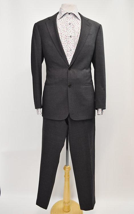 """Armani Collezioni Gray """"G Line"""" Suit Size 38R"""