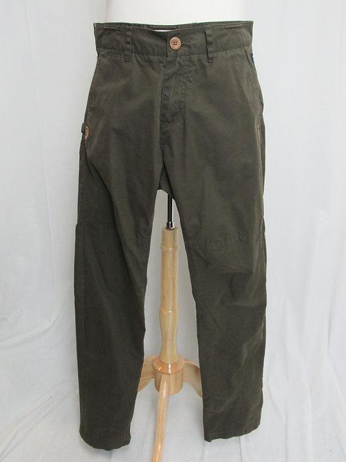 Fjall Raven Dark Green Pants Size 32
