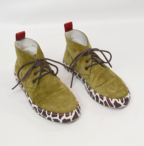 Del Toro Green Suede Chukka Sneakers Size 7