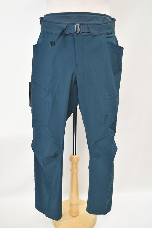 Arc'Teryx Teal Slim Leg Pants Size 36x32