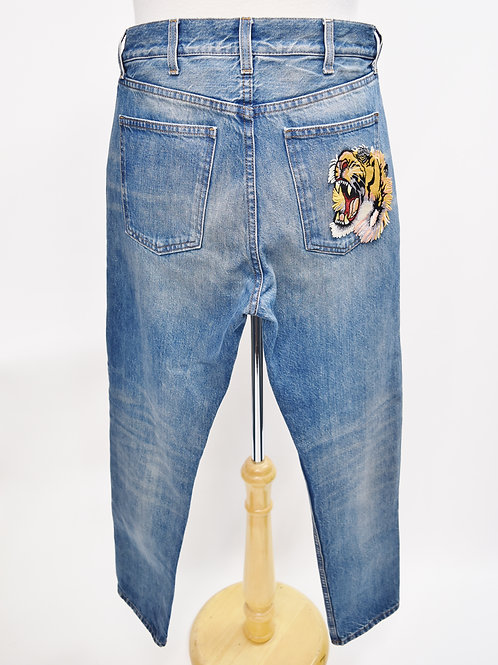 Gucci Light Wash Embroidered Jeans Size 31