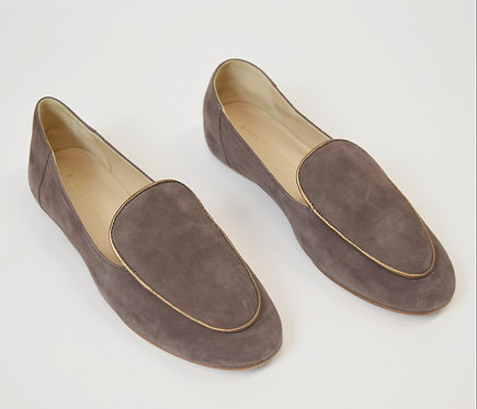 Etienne Aigner Taupe Suede Flats Size 6.5