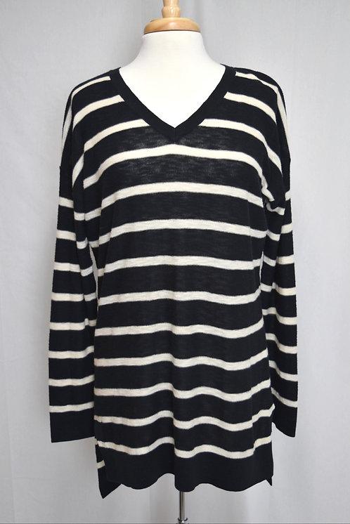 Vince Black & White Stripe Sweater Size Medium