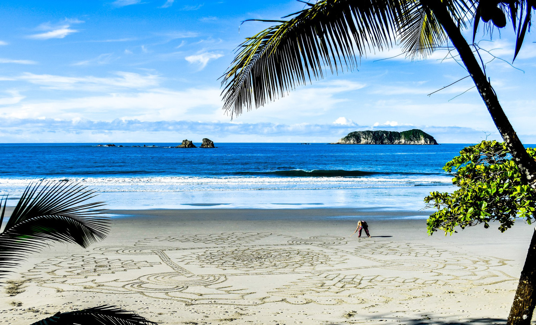 mama-mandala-beach.jpg