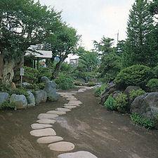 渡辺東作邸.jpg