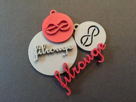 Filrouge logo pendant