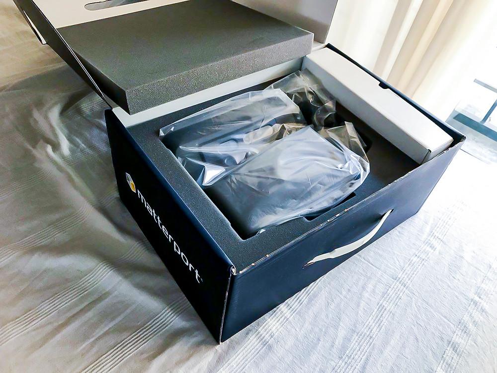 Matterport en la caja