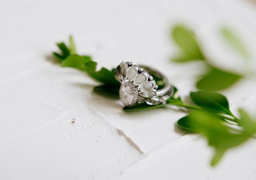 Wedding-Invitation-Details-Flatlay-1195.