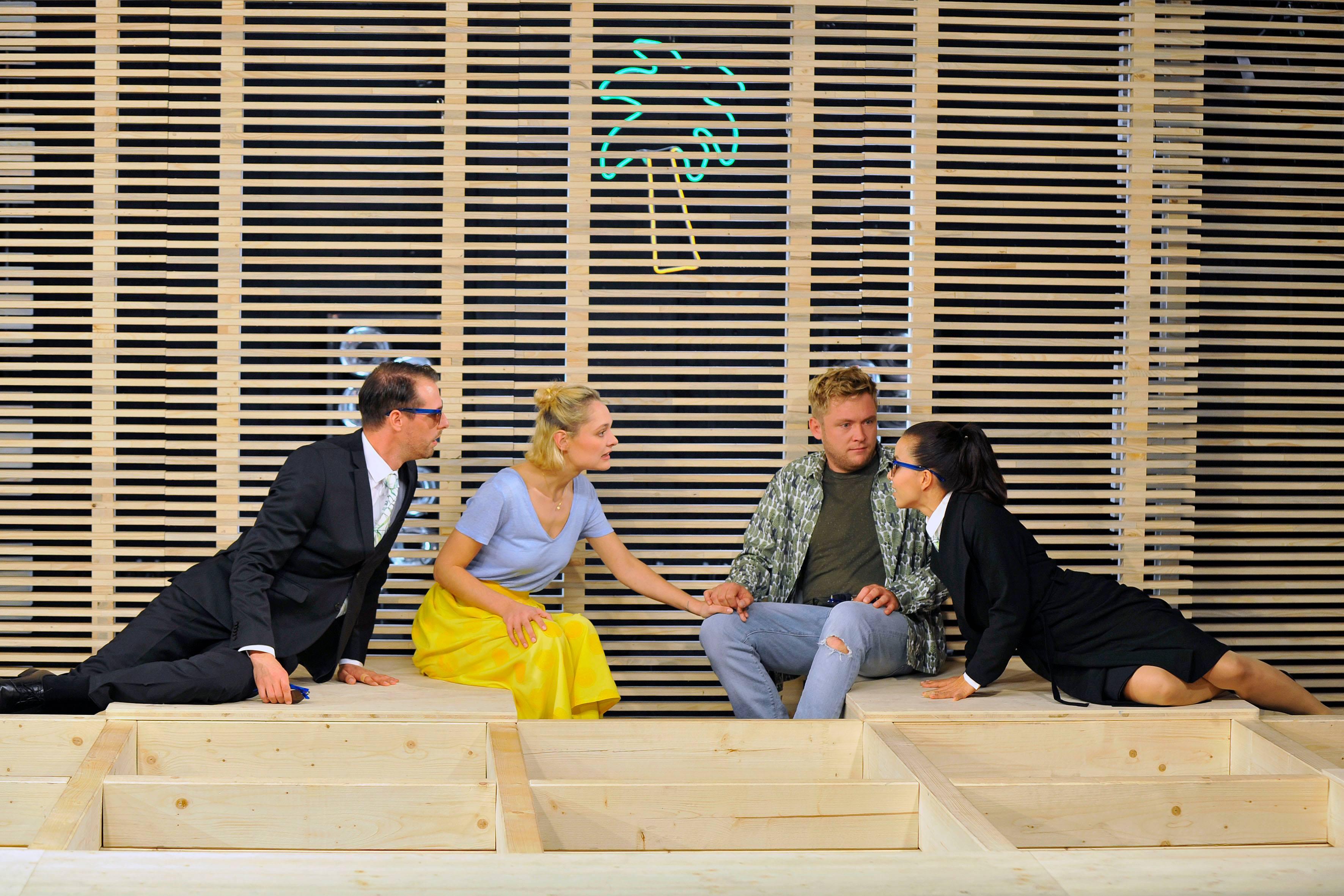 Uraufführung und Premiere: UNSERE BLAUEN AUGEN am Mainfranken Theater Würzburg