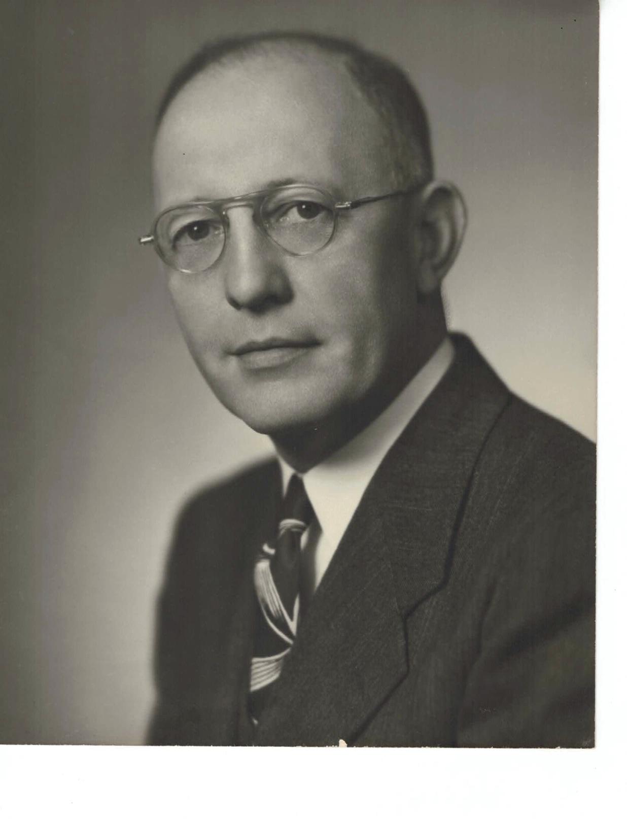 SCOTT K. CASSILL 1945-46