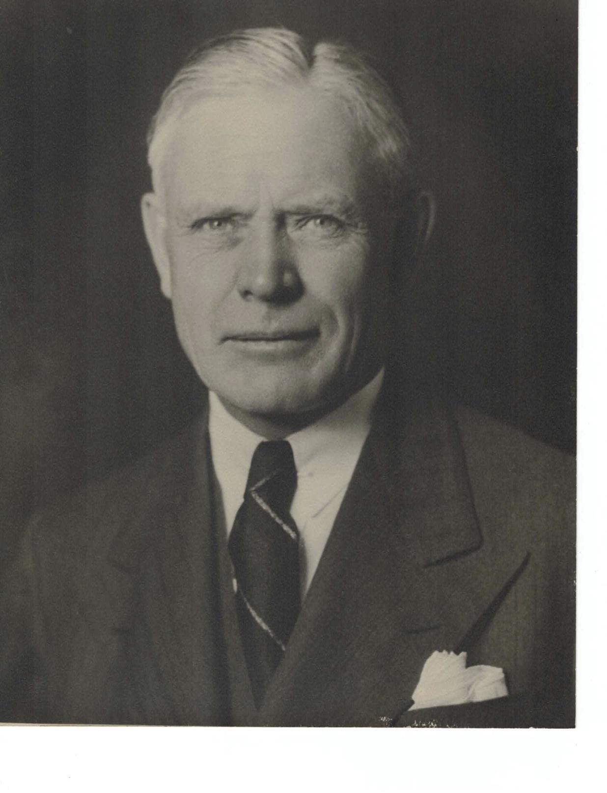 ROY E. CAMPBELL 1923-24