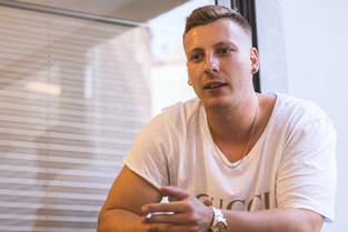 100 schnelle Fragen an Felix Lobrecht