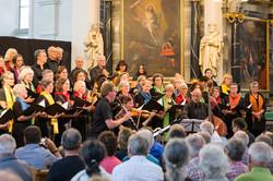 WeltCHOR Baden mit Musikanten