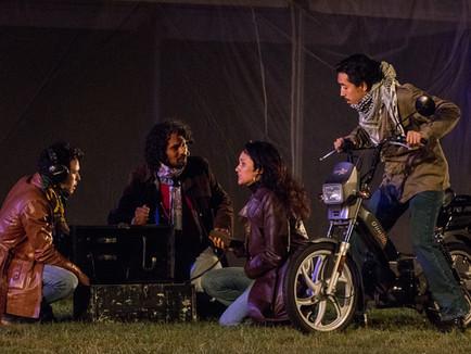Hoogeveensche Courant: Theaterstuk over het verleden van Molukkers