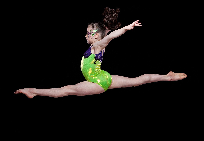 Junior nude gymnastics — pic 14
