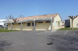 La Clinique et son grand Parking