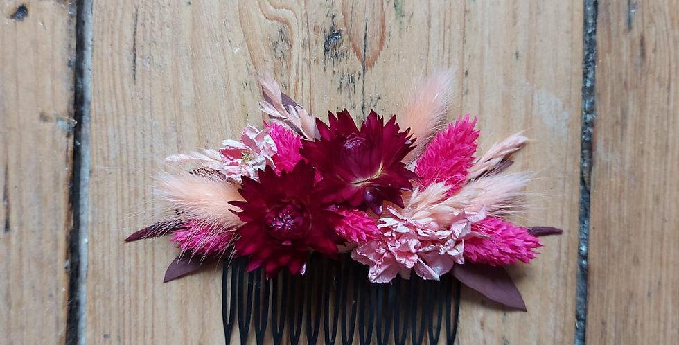 Peigne de fleurs sechées
