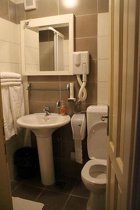 privatno kupatilo sobe.jpg