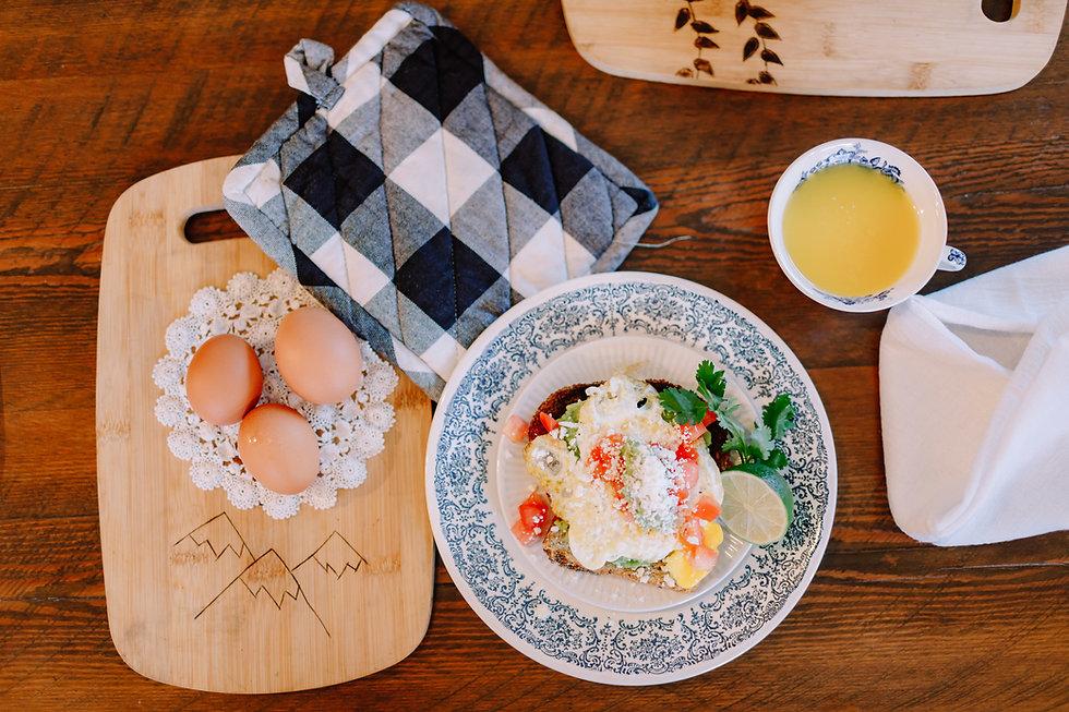Creston Eggs-1157.jpg