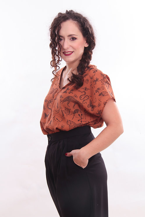 Blusa, ruggine con animaletti