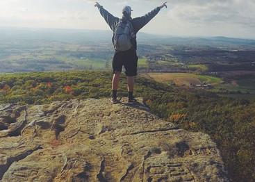 hiking-1031628_960_720.jpg