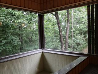 ハートランドヒルズ12「数寄屋造りの家」オープン! その2 森林浴気分のお風呂