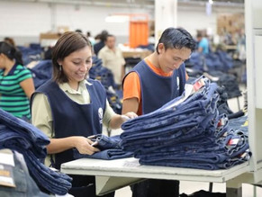 VF Corp. Cuts 2016 Guidance While Jeanswear Stays Strong