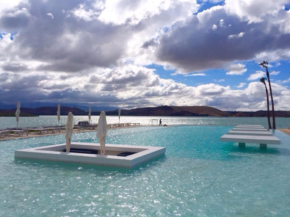 Quelle belle vue de la pscine du lac Lala Takerkoust