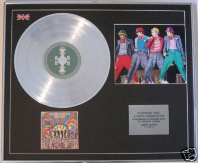 TAKE THAT -CIRCUS  CD Platinum Disc+Photo- GREATEST DAY