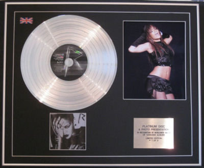 RIHANNA  CD Platinum Disc+Photo- RATED R