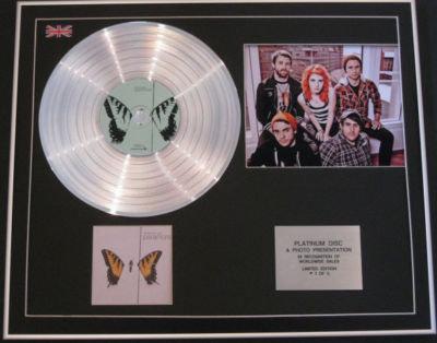 PARAMORE CD Platinum Disc+Photo- BRAND NEW EYES