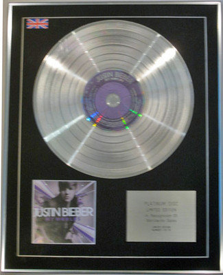 JUSTIN BIEBER - Limited Edition CD Platinum Disc - MY WORLDS