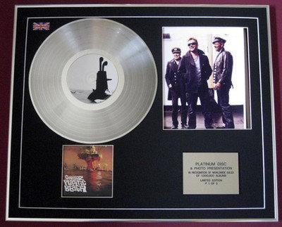GORILLAZ - CD Platinum Disc+Photo - PLASTIC BEACH